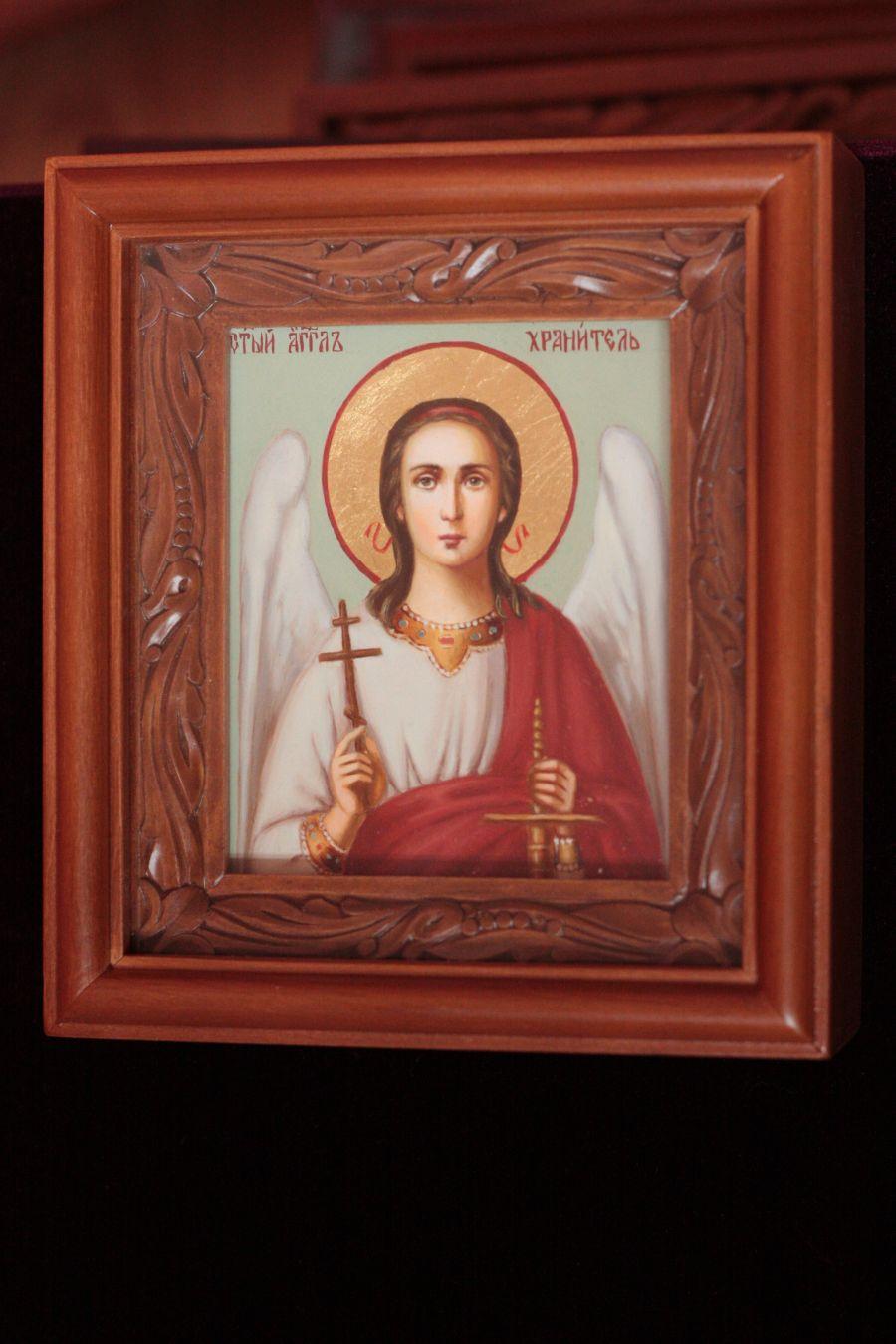 Можно ли дарить иконы в подарок: приметы, мнение церкви 85